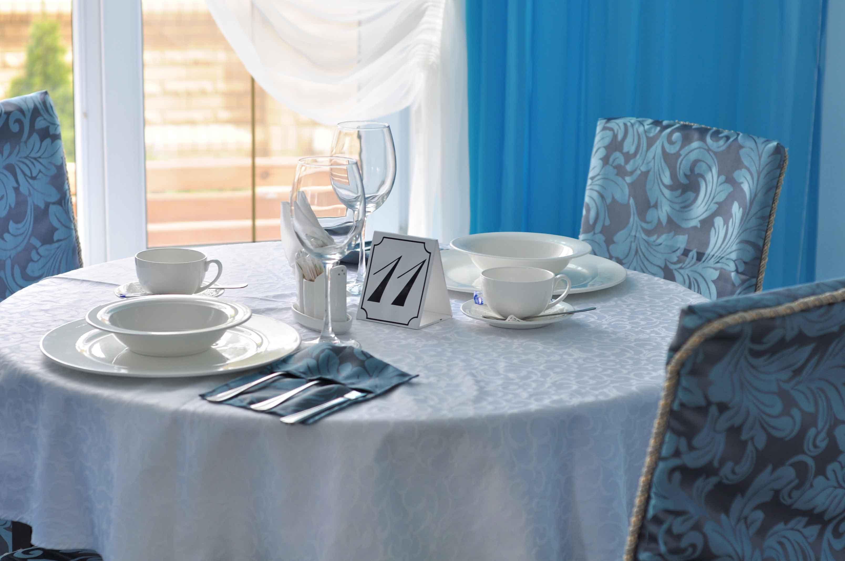 afina-hotel-restoran-berdjansk-1