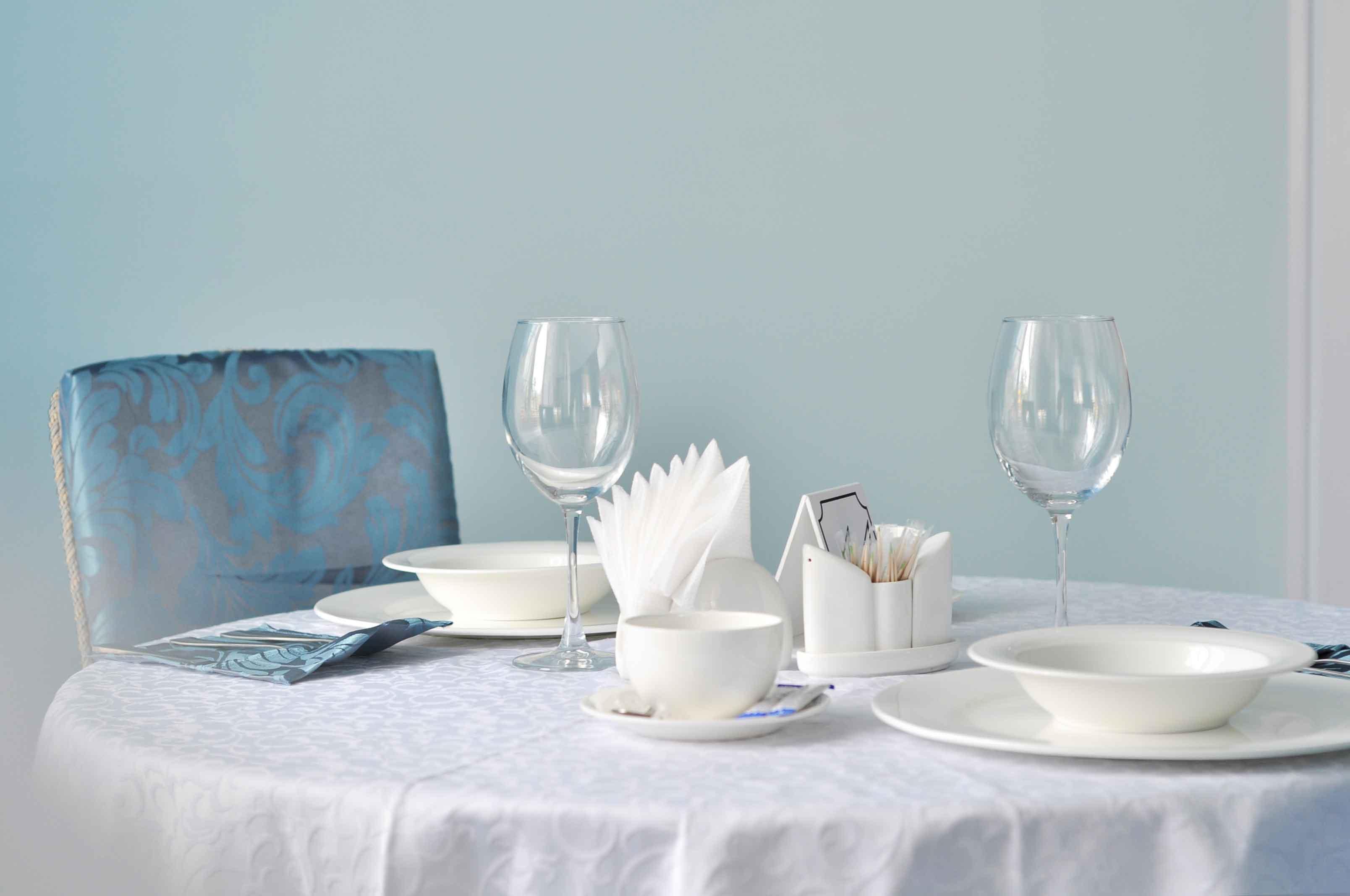 afina-hotel-restoran-berdjansk-2