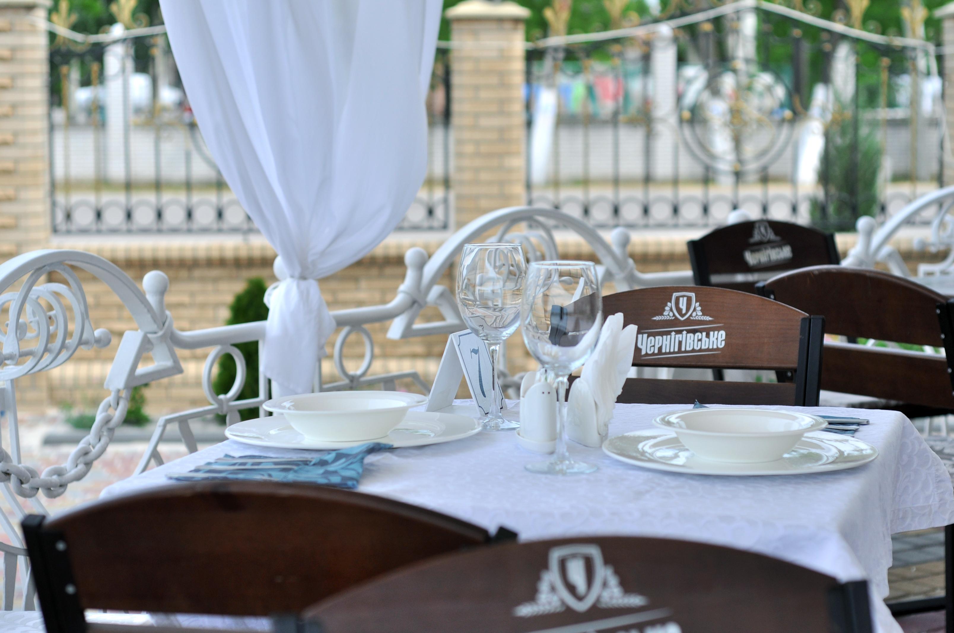 afina-hotel-restoran-berdjansk-5